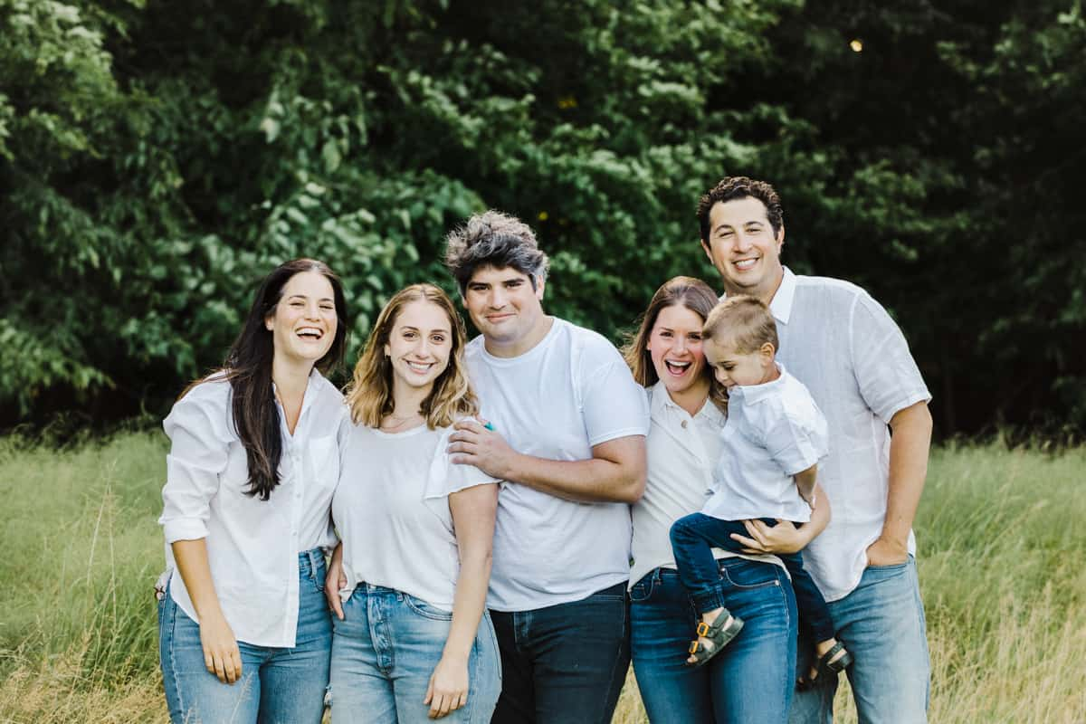 extended family photography in the Hudson Valley