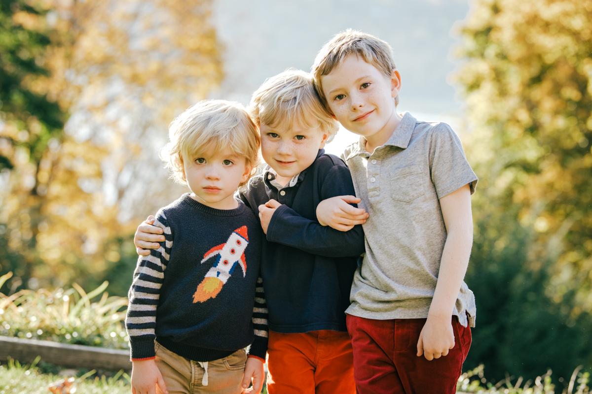 three boy siblings